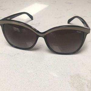 Fendi sunglasses style 5287 authentic!!